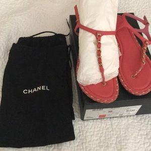 Chanel thongs